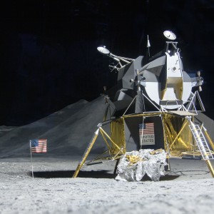 moon-landing-193761_1920